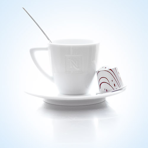 https://blog.darth.ch/wp-content/uploads/2013/01/nespresso-sans-studio.jpg