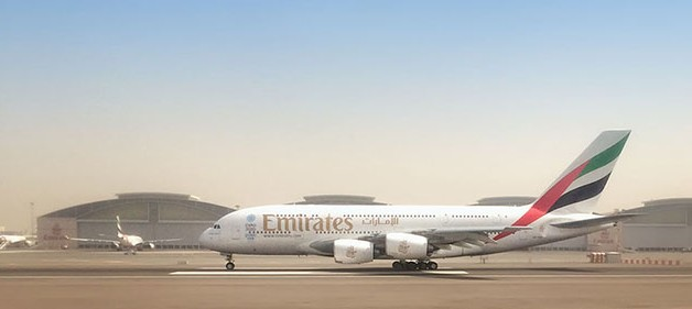 http://blog.darth.ch/wp-content/uploads/2015/08/a380-emirates21-628x281.jpg